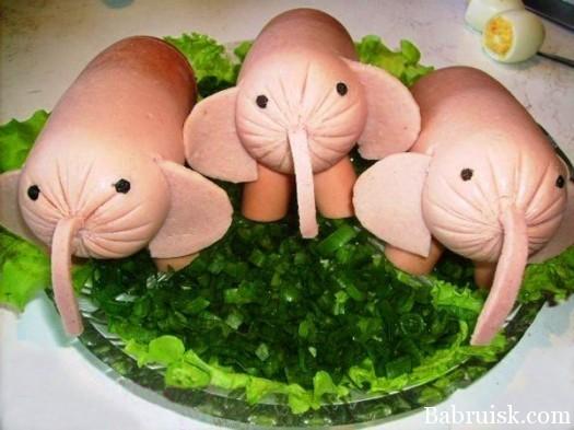 слоны из колбасы