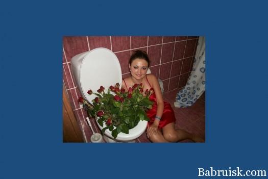 Куда поставить цветы если нету вазы