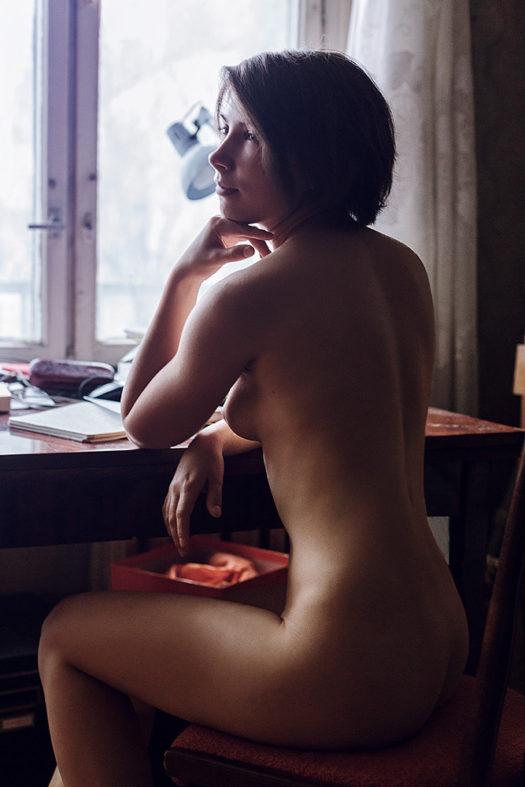 голая телочка